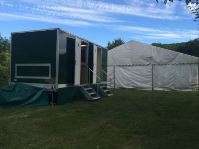 3+1 Luxury mobile toilet by a marquee