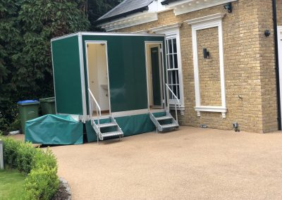1+1 Luxury Toilet unit on a driveway in surrey for a party