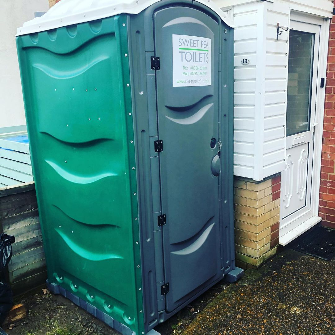 Construction & site toilets in surrey & Sussex