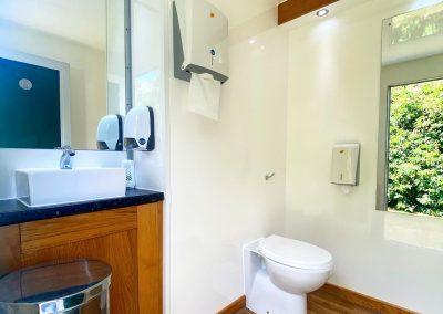 Luxury Toilet Hire Surrey & Sussex